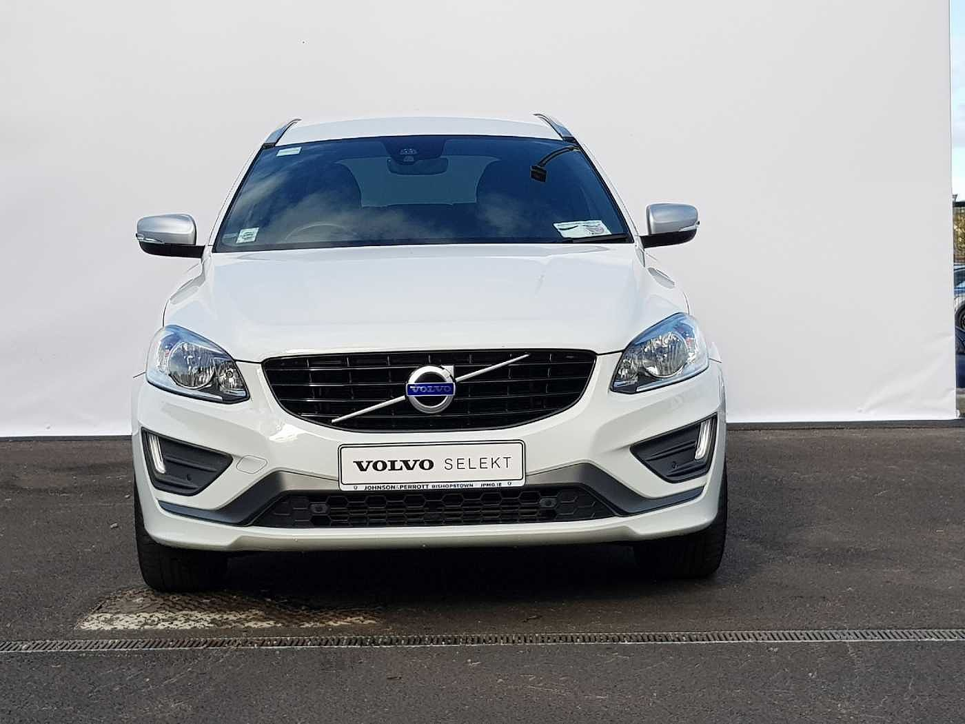 Volvo  D4 R-Design SE Auto (Heated Seats, Heated Screen, Rear Camera,  Leather)